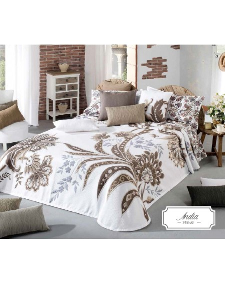 bedcover king size bed...