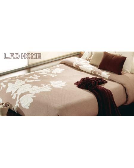 Reversable bedspread SANDALO BEIGE from Manterol